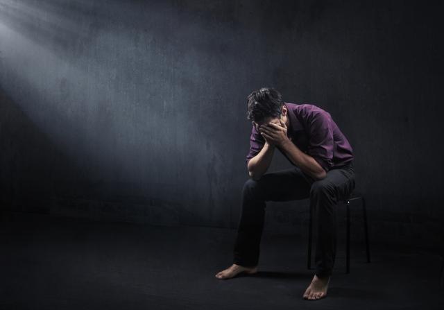 depressed_man